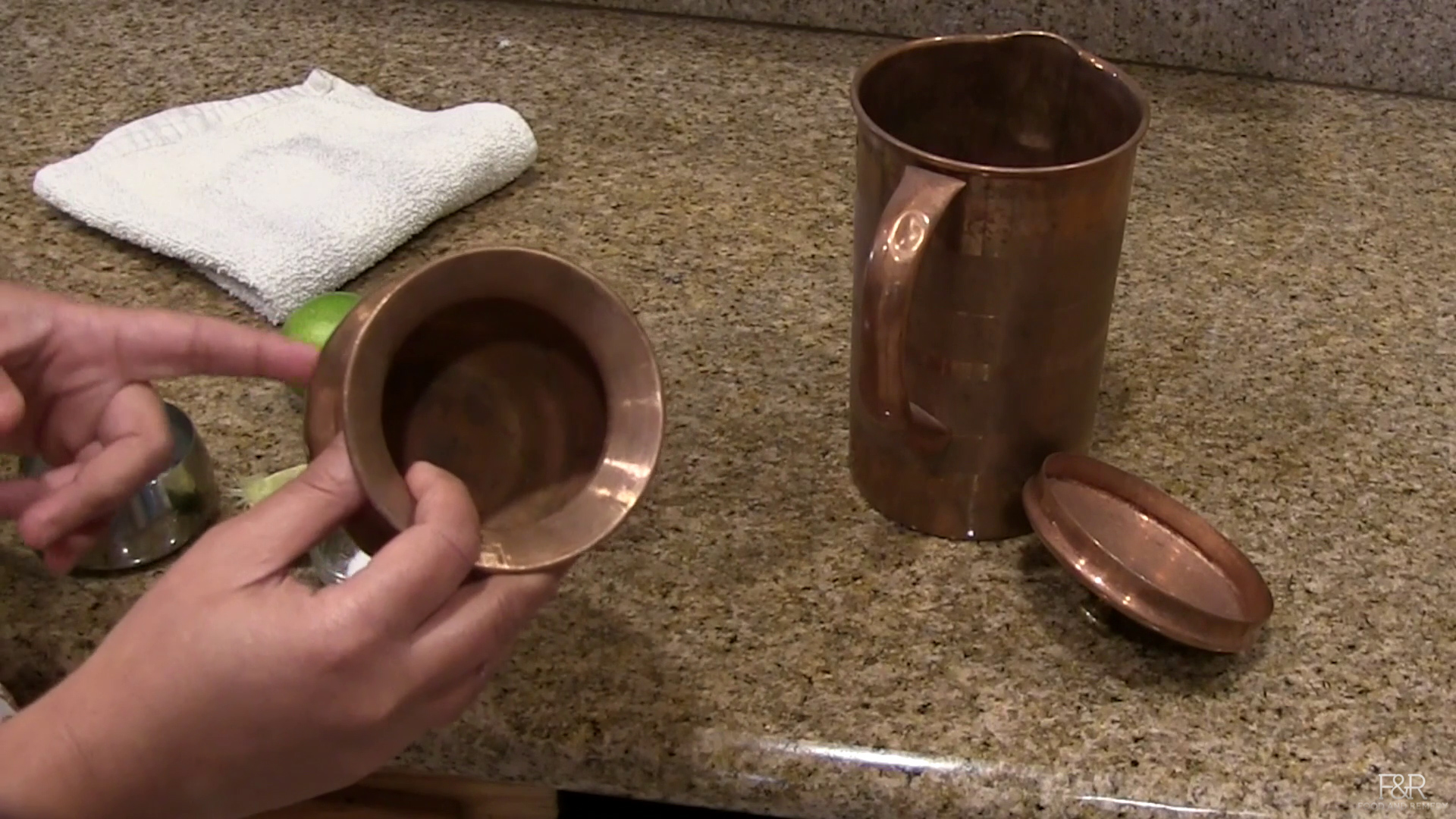 Simple ways to clean the vessels at home