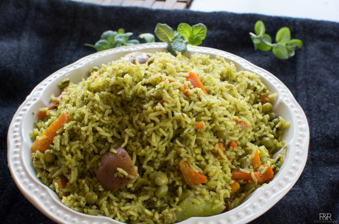 No Onion, No Garlic Mint Pulav | Pudina Pulao