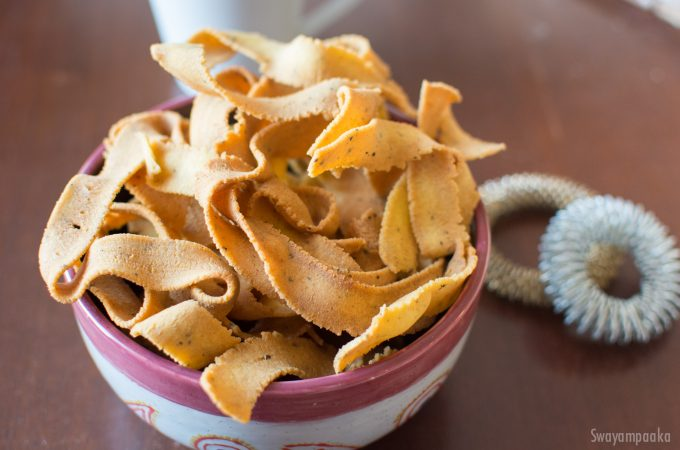 Ribbon Pakoda | Ribbon murukku recipe