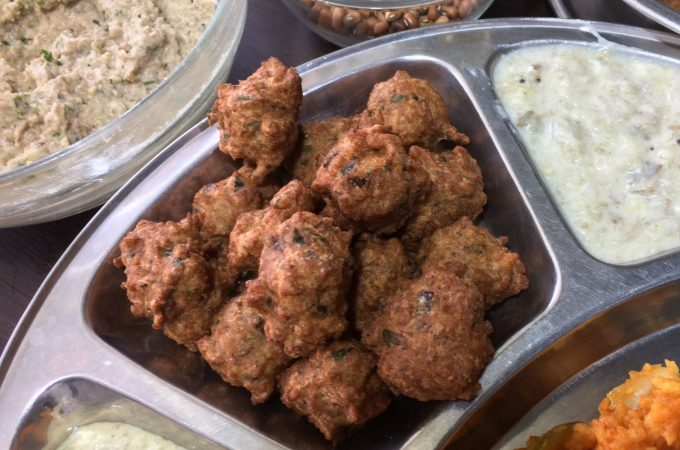 Black Eyed Beans Vada | Cow Peas Bonda recipe